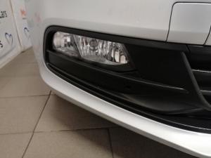 Volkswagen Polo Vivo hatch 1.6 Comfortline auto - Image 8