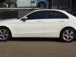 Mercedes-Benz C-Class C180 auto - Image 4