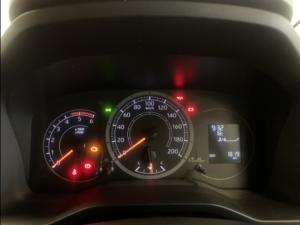 Toyota Quantum 2.8 SLWB panel van - Image 18