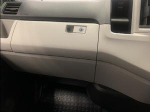 Toyota Quantum 2.8 SLWB panel van - Image 21