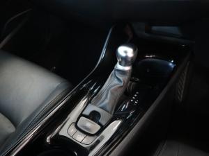 Toyota C-HR 1.2T Luxury - Image 15
