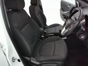Hyundai Accent 1.6 GLS/FLUID - Image 11