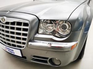Chrysler 300C 3.5 V6 automatic - Image 3