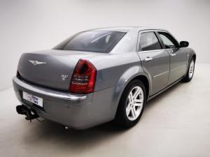Chrysler 300C 3.5 V6 automatic - Image 4