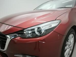 Mazda MAZDA3 2.0 Individual 5-Door automatic - Image 3