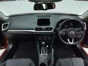 Mazda MAZDA3 2.0 Individual 5-Door automatic - Image 6