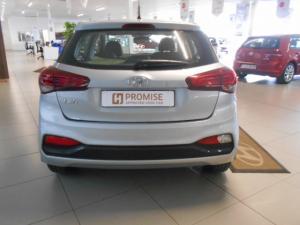 Hyundai i20 1.4 Motion auto - Image 5