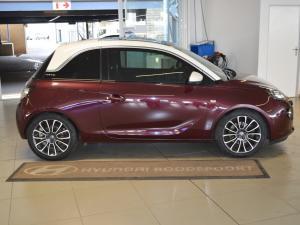 Opel Adam Rocks 1.0T - Image 2