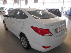 Hyundai Accent 1.6 GLS - Image 6