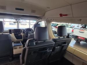 Toyota Quantum 2.8 GL 14 Seat - Image 14