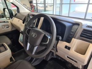 Toyota Quantum 2.8 GL 14 Seat - Image 8