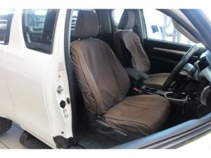 Toyota Hilux 2.8 GD-6 RB RaiderE/CAB - Image 14