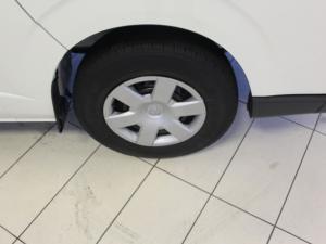 Toyota QUANTUM/HIACE 2.5 D-4D Sesfikile 16s - Image 3