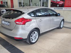 Ford Focus hatch 1.0T Trend auto - Image 10