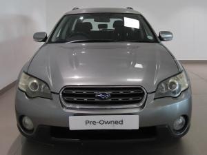 Subaru Outback 2.5i AWD - Image 2
