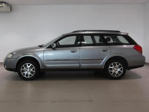Subaru Outback 2.5i AWD - Image 4