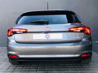 Fiat Tipo 1.6 Lounge automatic 5-Door