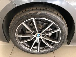 BMW 3 Series 318i Sport Line - Image 11