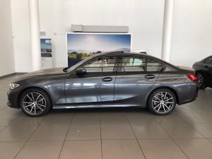 BMW 3 Series 318i Sport Line - Image 16