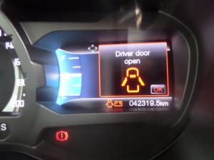 Ford Ranger 3.2TDCi double cab Hi-Rider XLT auto - Image 13