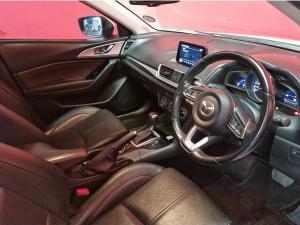 Mazda MAZDA3 2.0 Individual 5-Door automatic - Image 9