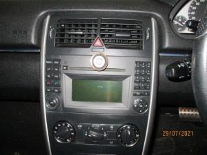 Mercedes-Benz B 200 automatic - Image 10
