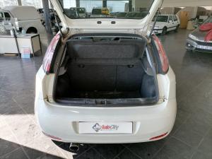 Fiat Punto 1.4T Lounge Multi AIR - Image 4