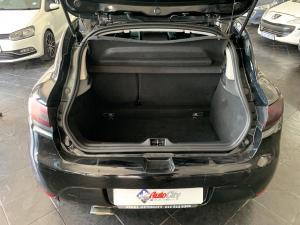 Renault Clio IV 900 T GT-LINE 5-Door - Image 9