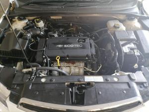 Chevrolet Cruze 1.6 LS 5-Door - Image 10