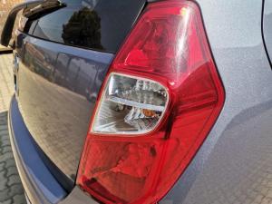 Hyundai i10 1.1 Motion automatic - Image 10