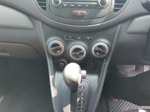 Hyundai i10 1.1 Motion automatic - Image 15