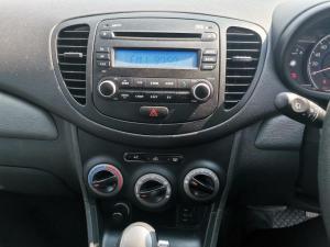 Hyundai i10 1.1 Motion automatic - Image 16