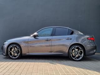 Alfa Romeo Giulia 2.0T Veloce