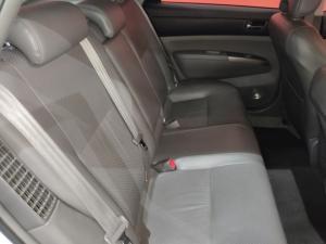 Toyota Prius HSD - Image 12
