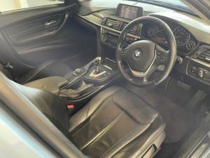 BMW 3 Series 320i Luxury auto - Image 10