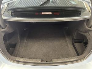 BMW 3 Series 320i Luxury auto - Image 13