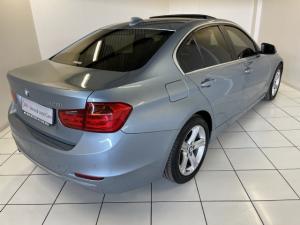 BMW 3 Series 320i Luxury auto - Image 4