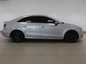 Audi A3 Sportback 1.8T FSI SE Stronic - Image 3