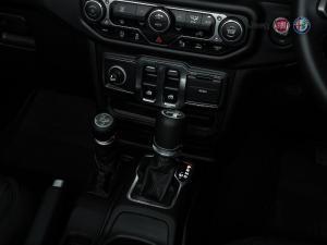 Jeep Wrangler 3.6 Sport automatic 2-Door - Image 12