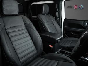 Jeep Wrangler 3.6 Sport automatic 2-Door - Image 13