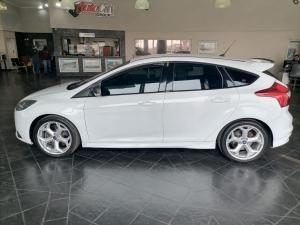 Ford Focus 2.0 Gtdi ST1 - Image 4