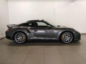Porsche 911 turbo S coupe - Image 2