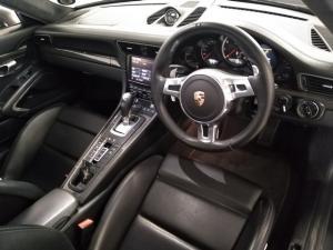Porsche 911 turbo S coupe - Image 6