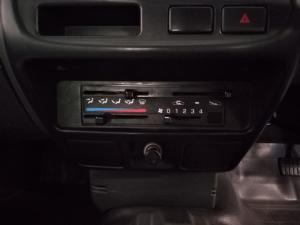 Nissan NP300 Hardbody 2.5TDi - Image 6