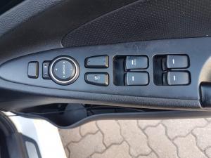 Hyundai Sonata 2.4 GLS Executive - Image 18