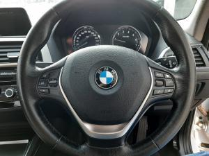 BMW 1 Series 118i 5-door auto - Image 12