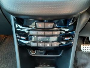 Peugeot 208 5-door 1.6 Allure - Image 15