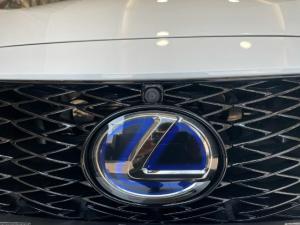 Lexus IS 300h F Sport - Image 13
