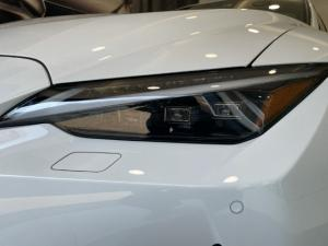 Lexus IS 300h F Sport - Image 5