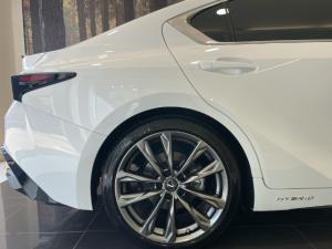 Lexus IS 300h F Sport - Image 6